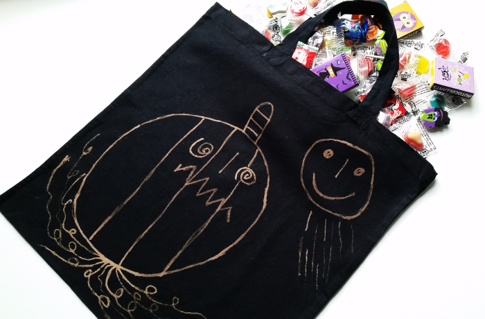 Last Minute DIY Halloween Decor & Trick or Treat Bag