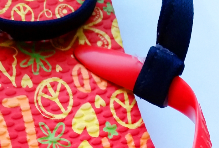 Very easy diy tie on flip flops confessions of a refashionista measure and cut the ribbon into 4 equal pieces make sure they are long enough to comfortably wrap tie around your kiddos ankles ccuart Image collections
